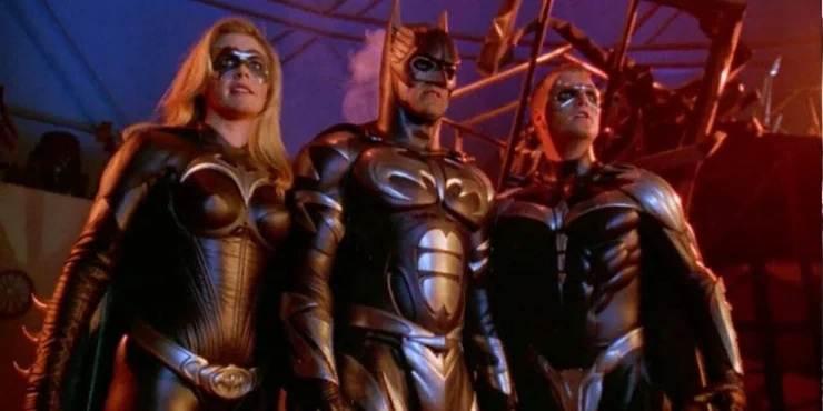 بازیگر سابق Batgirl علاقه دارد باری دیگر شنل خفاشی را بر تن کند
