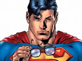 نام سوپرمن بهطور رسمی در کمیکهای DC به سوپرکلارک تغییر مییابد